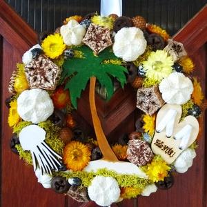 Nyári ajtódísz, Dekoráció, Otthon, lakberendezés, Dísz, Ajtódísz, kopogtató, Virágkötés, Szalma alapot száraz termésekkel, szalma virágokkal díszítettem és kézzel festett lézervágott dísze..., Meska