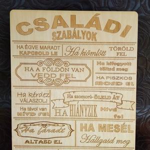 Asztaldísz, Asztaldísz, Dekoráció, Otthon & Lakás, Famegmunkálás, Lézervágott technikával készült tábla. A termék mérete 29*21 cm., Meska