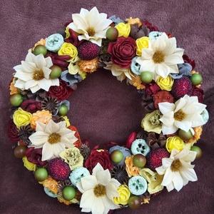 Ajtódísz, Otthon & lakás, Dekoráció, Dísz, Lakberendezés, Ajtódísz, kopogtató, Zsugorka, Szalma alpot termésekkel, virágokkal díszítettem. Kiváló dekoráció minden évszakban és alkalomra. A ..., Meska