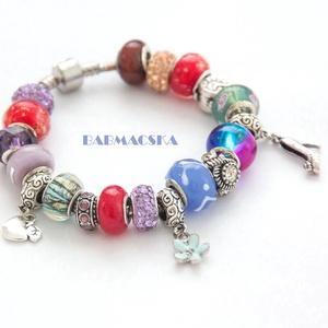 Mesebeli színek - Vidám színpompás Pandora stílusú charm karkötő, Charm karkötő, Karkötő, Ékszer, Gyöngyfűzés, gyöngyhímzés, Kiváló minőségű muránói üveggyöngyökből, lámpagyöngyökből, fém gyöngyökből, és charm-okból álló kark..., Meska