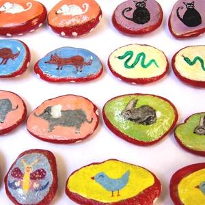 Állatos memóriajáték kavicsok, Játék & Gyerek, Társasjáték & Puzzle, Festett tárgyak, Kövekre kézzel festett aranyos állatkás memóriajáték. Nyolc párból, azaz 16db kavicsból áll a játék...., Meska