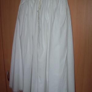 Bőgatya néptáncosok részére, Ruha & Divat, Férfi ruha, Nadrág, Varrás, Két hossznyi fehér vászonból készült ez a hagyományos fazonú bőgatya.\n\nElsősorban néptáncosok részér..., Meska