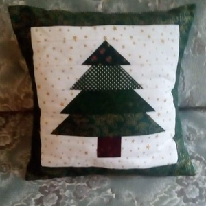 Karácsonyi patchwork díszpárna huzat, Karácsony, Karácsonyi lakásdekoráció, Karácsonyi lakásdíszek, Patchwork, foltvarrás, Varrás, Meska
