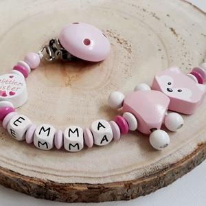 Cumilánc, Gyerek & játék, Baba-mama kellék, Játék, Baba játék, Gyöngyfűzés, gyöngyhímzés, Cumilánc névvel, bababarát, fa alapanyagokból.\nKiváló ajándék lehet babalátogatóba, vagy keresztelőr..., Meska
