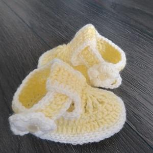 Lányka horgolt tavaszi szandálok (többféle) (babyboomclothes) - Meska.hu