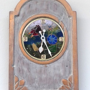 Vintage stílusú falióra, Otthon, lakberendezés, Falióra, óra, Újrahasznosított alapanyagból készült termékek, Tűzzománc, Nem csak egy órát hanem egy tűzzománc képet kap aki beleszeret ebbe az órába ! Egy régi, fa, faliór..., Meska