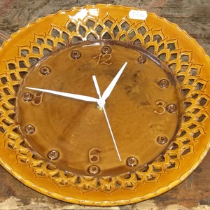 Sárga kerámia óra , Otthon & Lakás, Konyhafelszerelés, Sütő- és főzőedény, Sárga napraforgó mintás kerámia óra . Átmérő  kb .28-29 cm   Postázása csakis törékenyként megoldhat..., Meska