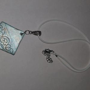 Négyzet  alakú türkiz ,bronz   medálos nyaklánc, Ékszer, Ékszerszett, Négyzet  alakú türkiz,bronz  medálos nyaklánc.  Postázása egyedi megbeszélés alapján. , Meska