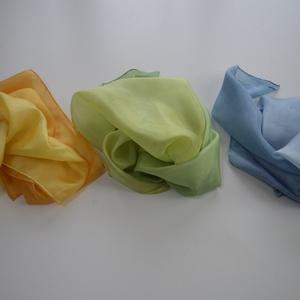 Nap-Víz-Fa - selyemkendő készlet, Ruha & Divat, Sál, Sapka, Kendő, Sál, Selyemfestés, E készlet 3 különböző színvilágú kendőt tartalmaz, melyből kedvünk szerint választhatunk napindítóké..., Meska