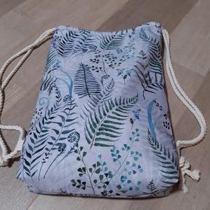 Páfrányos vízhatlan hátizsák, Gymbag, Hátizsák, Táska & Tok, Varrás, Vízhatlan anyagból készült páfrányokkal díszített hátizsák. A zsák belsejében egy nyitott zseb talál..., Meska