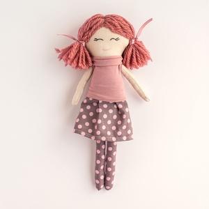 Barankababra Copfos baba rózsaszín pöttyös lila szoknyában, Gyerek & játék, Játék, Baba játék, Baba-és bábkészítés, A Barankababra copfos babák mindenki kedvencévé váltak, nemcsak a sokfajta ruhakombináció miatt, han..., Meska