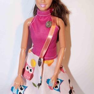 Barbie ruhakészítő csomag Harangszoknya és Nyakpántos Felső, DIY (leírások), Szabásminta, útmutató, Varrás, A csomag segítségével a képen látható barbie szoknyát és felsőt készítheted el. Két anyagot tudsz vá..., Meska