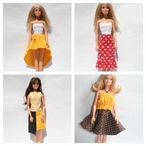 Barbie ruhakészítő csomag szoknyák, DIY (leírások), Szabásminta, útmutató, Varrás, A csomag segítségével a képen látható barbie szoknyákat készítheted el. 4 anyagot tudsz válaszani ho..., Meska