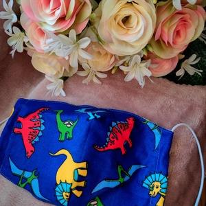 Kék dínós textil maszk, Maszk, Arcmaszk, Varrás, Felnőtt méretű 2 rétegű textil maszk.\nSaját felelősségre sima elsőbbségi levélként is kérhető...., Meska