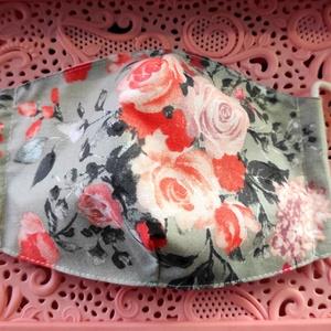 Rózsás textil maszk, Maszk, Arcmaszk, Varrás, Felnőtt textil maszk\nÁllítható, archoz igazodó.\nA vevő felelősségére sima elsőbbségi levélként is ké..., Meska