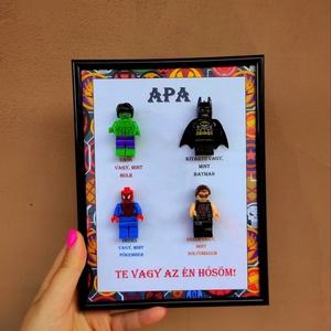 Szulerhősös lego 3d kép, Otthon & Lakás, Dekoráció, Mindenmás, Apa te vagy az én hősöm 3d szuperhős lego kép\nKérhető más tulajdonságokkal is!\nMagassága: 23cm\nSzéle..., Meska