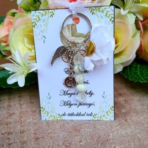 Babaváró ajándék kulcstartó fehér, Játék & Gyerek, Babalátogató ajándékcsomag, Babaváró ajándék kulcstartó fehér A kis kártyára kérhető név is! Megjegyzésben kell feltüntetni! Egy..., Meska