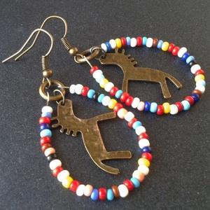 Parádé - színes lovas fülbevaló - ékszer - fülbevaló - lógó csepp fülbevaló - Meska.hu