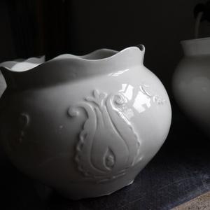 Porcelán kaspó (barkamelinda) - Meska.hu