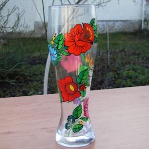 Kézzel festett üveg váza ., Otthon & Lakás, Váza, Dekoráció, Szabad kézzel festem ,eredeti kalocsai minta alapján . Száradás után ki égetem ,így tartós .  Magass..., Meska