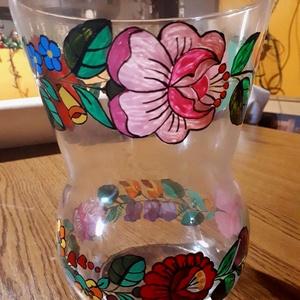 Kalocsai kézzel festett váza ., Otthon & Lakás, Pohár, Konyhafelszerelés, Szabad kézzel festem ,eredeti kalocsai minta alapján . Száradás után ki égetem ,így tartós a festés ..., Meska