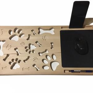 Fa laptoptartó (kutyás), Táska & Tok, Laptop & Tablettartó, Famegmunkálás, Dolgozz fotelben ülve vagy használd laptopod ágyban fekve. Ezzel a bükkfából készült laptoptartóval ..., Meska