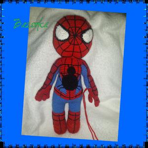 Pókember , Játék, Gyerek & játék, Báb, Játékfigura, Baba-és bábkészítés, Horgolás, A képen látható pókember kb.35cm-es nagyságban, horgolva készült. A teljes test és fej pókemberhez h..., Meska