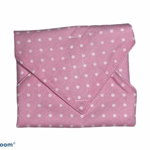 """Mosható textil szalvéta """"Rózsaszín pöttyös"""", Otthon & Lakás, Konyhafelszerelés, Szalvéta, Kívül mintás pamutvászon, belül vízhatlan, szellőző PUL anyaggal készült szalvéta, ami tépőzárral zá..., Meska"""