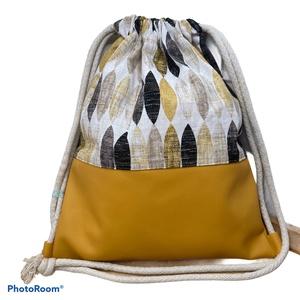 Levél mintás gymbag okker textilbőrrel, Táska & Tok, Hátizsák, Gymbag, Textilbőr és loneta vászon kombinációjával készült hátizsák (gymbag). Belül pamut vászonnal bélelt. ..., Meska