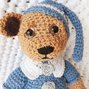 Horgolt maci kék pizsamás (bbtimcsi) - Meska.hu