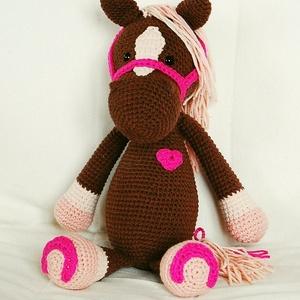 Paci, Gyerek & játék, Játék, Játékfigura, Paci nagyon barátságos, vidám ló, aki legjobb barátja lehet bármilyen kisgyereknek.  Gazdája eddig n..., Meska