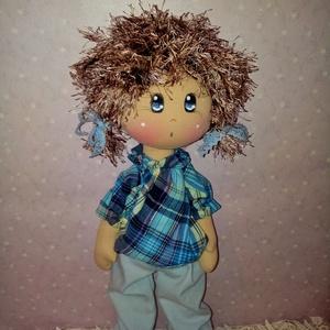 """Rosszcsont, Játék & Gyerek, Baba & babaház, Baba, Baba-és bábkészítés, Varrás, 43 cm magas textilbaba, \""""rosszcsont \"""" kislánynak álcázva...:)\nElkészítéséhez természetes alapanyagok..., Meska"""