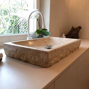 Mosdótál terméskőből - Minimál, Otthon & Lakás, Fürdőszoba, Mosdótál, Egyedi, időtálló mosdótál. Alapanyaga: terméskő. Egyedi, ízléses, elegáns fürdőszoba dísze...., Meska