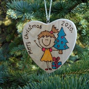 Karácsonyi ajándékkísérő, Személyre szabott, Otthon & Lakás, Karácsony & Mikulás, Karácsonyfadísz, Famegmunkálás, Kézzel égetett szív alakú karácsonyi ajándékkísérő vagy karácsonyfadísz.\nKérheted bármilyen névvel, ..., Meska