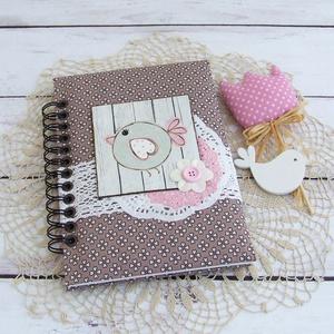 PRETTY PINK napló, barna virágos, Otthon & Lakás, Jegyzetfüzet & Napló, Papír írószer, PRETTY PINK - egy kollekció a legkisebbeknek! Madárka motívumos napló, emlékkönyv vagy jegyzetfüzet ..., Meska