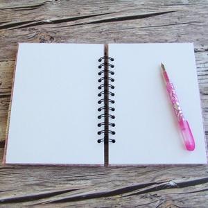 PRETTY PINK napló, rombusz mintás (BeHappyBooks) - Meska.hu