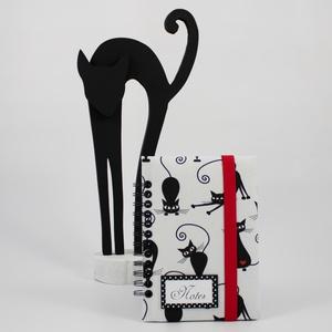 BlackCatGoodLuck napló, emlékkönyv, jegyzetfüzet, Otthon & Lakás, Papír írószer, Jegyzetfüzet & Napló, Fekete macska motívumos napló, emlékkönyv vagy jegyzetfüzet A5-ös méretben, üres lapokkal. A textilb..., Meska