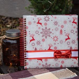 Red Reindeer fotóalbum, kicsi, Otthon & Lakás, Papír írószer, Album & Fotóalbum, Könyvkötés, Fotóalbum Karácsonyra! Ideális ajándék a nagymamának.\nAz album rendelésre készül. \n\nLehet kérni feli..., Meska