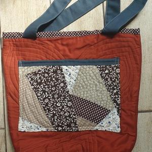 Rozsda-barna táska, Táska & Tok, Vállon átvethető táska, Kézitáska & válltáska, Az ősz színeit használtam a táska díszítéséhez. Az elején látható dísz, egyben zseb is. A belsejében..., Meska