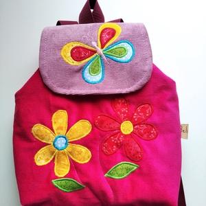 Készleten! Ciklámen virágos hátizsák, Táska & Tok, Kishátizsák, Hátizsák, Kordbársony gyerekhátizsák, 30 cm magas. 2-5 éves gyerekeknek ajánlom ezt a méretet. A táska színe l..., Meska
