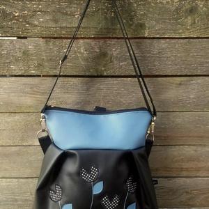 Pöttyös tulipán hátizsák 3in1 táska , Táska & Tok, Variálható táska, Textilbőr táska.  Türkizzöld és királykék színben. 30 cm széles felül, 35 cm magas. Cipzáras. Bélése..., Meska