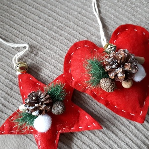 Karácsonyi dísz, Otthon & Lakás, Dekoráció, Függődísz, Hímzés, Különböző anyagokból varrtam, megtöltöttem és díszítettem. Karácsonyi hangulatot idézve.\n(Filc és vá..., Meska