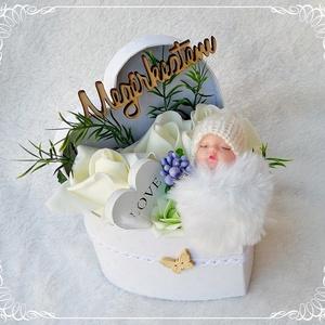 Babaköszöntő, babaváró virágbox - fehér, Játék & Gyerek, Babalátogató ajándékcsomag, Virágkötés, Mindenmás, Meska