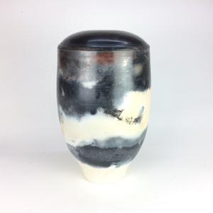 Egyedi  - Handmade - kerámia urna, Egyéb, Otthon & lakás, Képzőművészet, Kerámia, Raku kerámia urna\n\nKézzel korongozott kerámia urna, amely 1050 C fokon van kiégetve , majd fa, gázke..., Meska