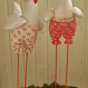 Vidám vintage tyúkok, lábon álló tavaszi tyúkok, konyhai textil dekoráció  - Meska.hu