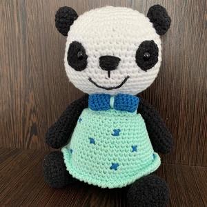 Pandinella, Játék & Gyerek, Plüssállat & Játékfigura, Maci, Horgolás, Ez az aranyos pandamaci tökéletes ajándék lehet kicsiknek és nagyoknak egyaránt. Fiú vagy lány panda..., Meska