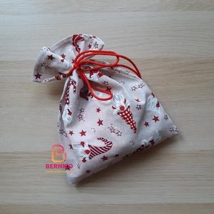 Manó mintás ajándékzsák, Karácsonyi csomagolás, Karácsony & Mikulás, Varrás, Pamutvászonból készült zsák mikulásra, karácsonyra.\nA zsák anyaga pamutvászon.\nA kész terméken a min..., Meska