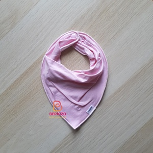 Rózsaszín nyálkendő/babakendő, Ruha & Divat, Előke & Nyálkendő, Babaruha & Gyerekruha, Varrás, Baba-Mama kiváló hasznát veheti, ha a Babád fogacskái bújni kezdenek.  Használható előkeként, vagy ..., Meska