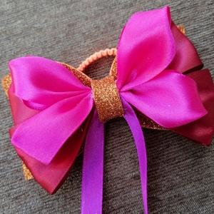 Arany és pink és piros  hajgumi, Ékszer, Gyerek & játék, Baba-mama kellék, Mindenmás, Karakteres alkalmi hajgumi szalagból és dekorgumiból. A dekorgumi csillámos, így a napfényben gyönyö..., Meska