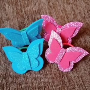 Világoskék-rózsaszín hajgumi szett, Ékszer, Gyerek & játék, Baba-mama kellék, Mindenmás, Pillangós hajgumi szettet kínálok. Összesen 4 darab van egy szettben. Dekorgumiból készültek. A deko..., Meska